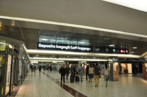 Termini station-Luggage deposit sign