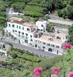 La Pergola Hotel Amalfi Featured