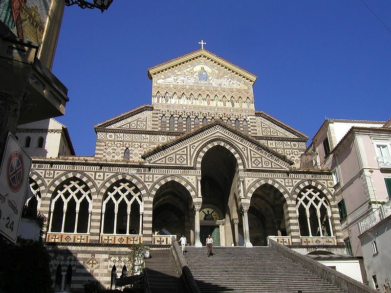 Taken from ja:画像:Duomo di amalfi.JPG Picture GFDLed by JA uploader.