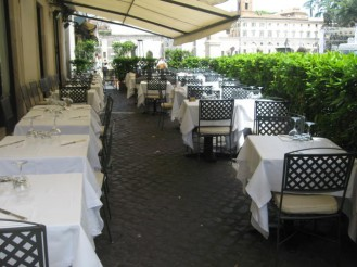 Outside seating Dal Bolognese
