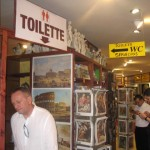 Galleria S. Pietro shop - Via dei Corridori, 6 - Largo del Colonnato, 5