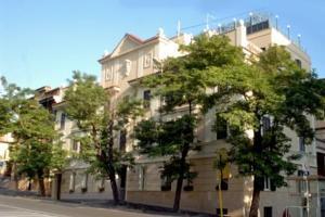 Hotel Alimandi next to the Vatican Museum