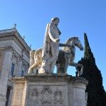 Throughout ancient times, Capitoline Hill had numerous temples facing toward the Roman Forum