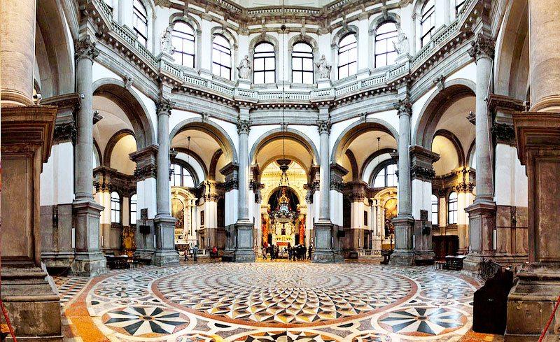 Santa-Maria-della-Salute-Venice