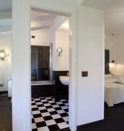 Palazzo-Abagnale-Hotel-Sorrento-bedroom featured