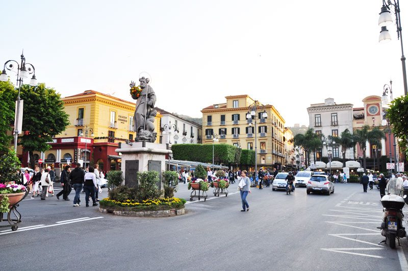 Piazza-Tasso-Sorrento